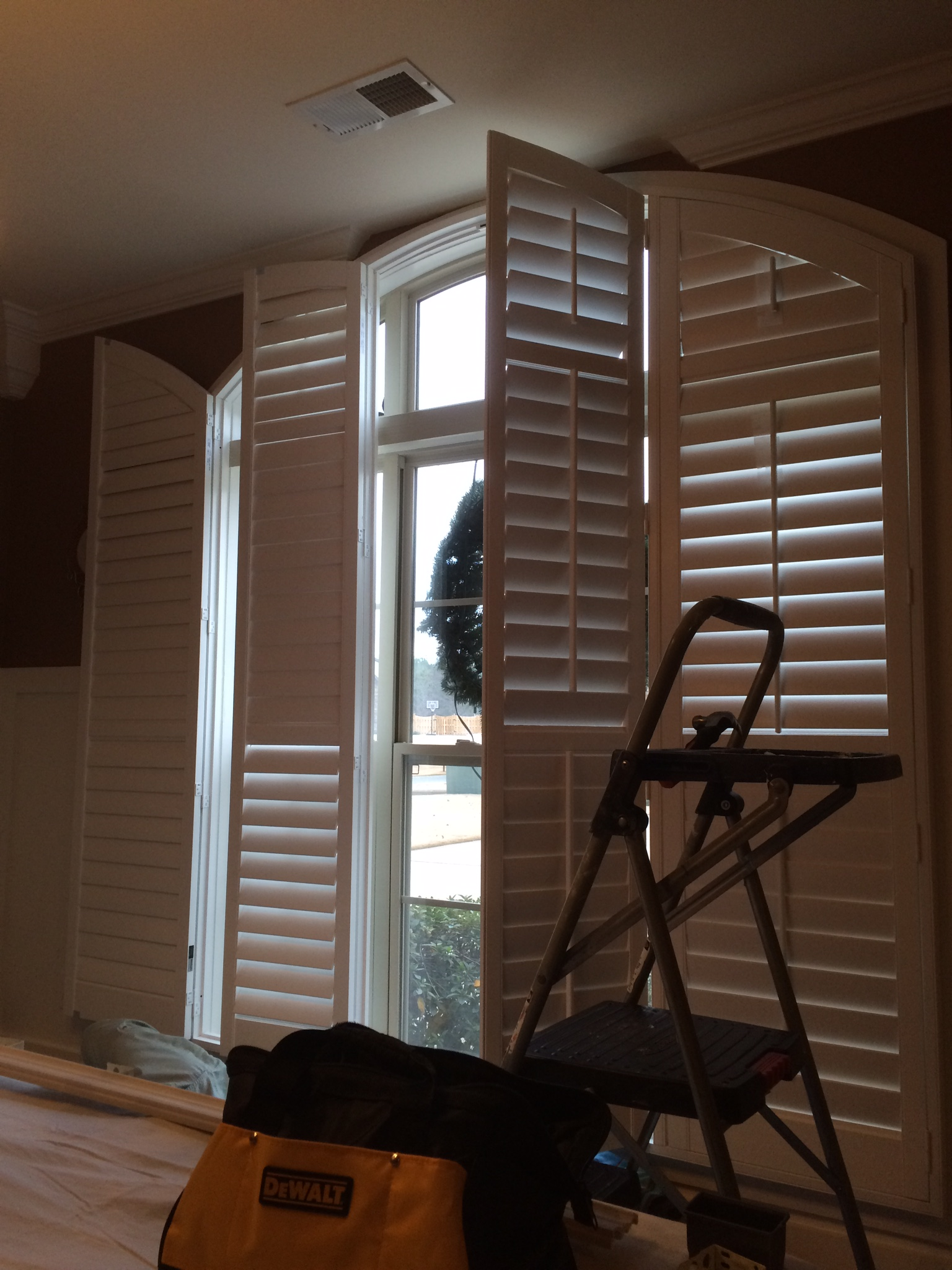 Shutter project gallery value blinds shutters of alabama for Best value windows